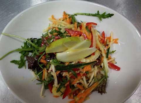 Vitaminska-salata-s
